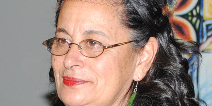 Te Taura Whiri honours Dr Cathy Dewes