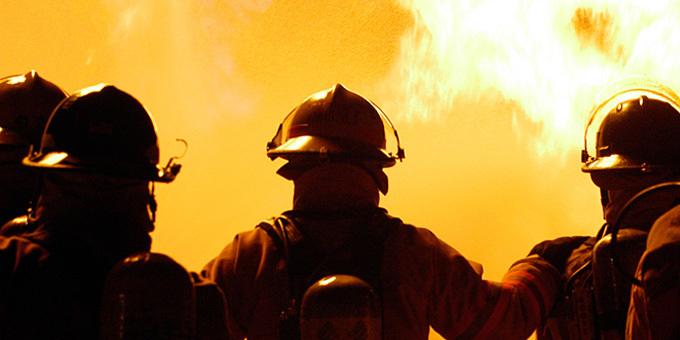 Fire attack on Matauri rescue plan
