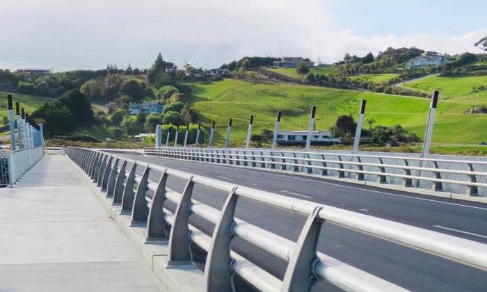 Taipa bridge offers road to past