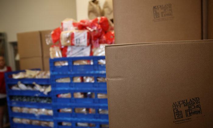 Hands-off approach keeps foodbanks runnng