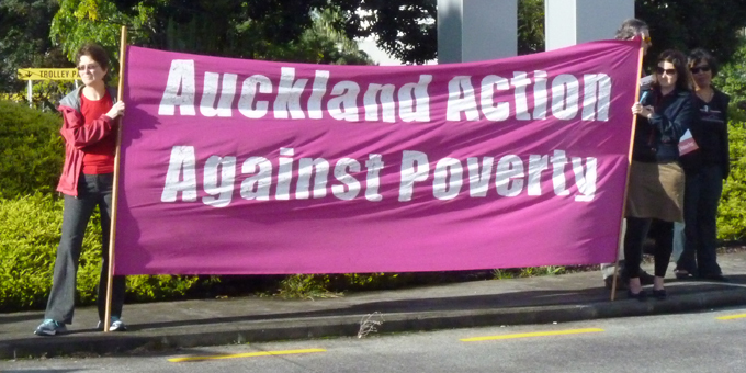 Poverty protesters tackle Key business briefing