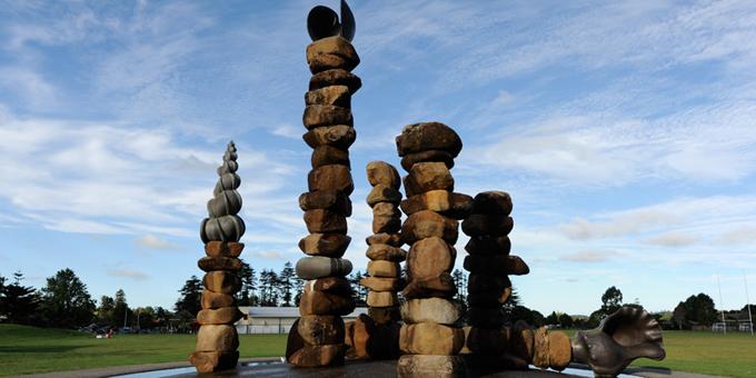 Boulder sculpture to warn of climate danger