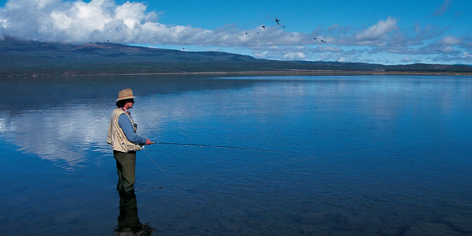 Minister calms waters on fishing park