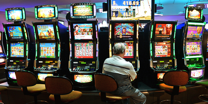 Hui addresses gambling scourge