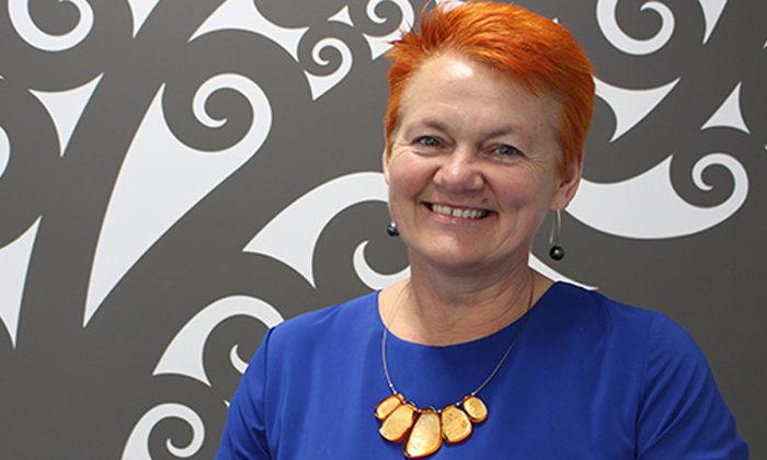 Helen Leahy from Te Pūtahitanga o TeWaipounamu talks to Dale Husband; Whānau Ora kaupapa