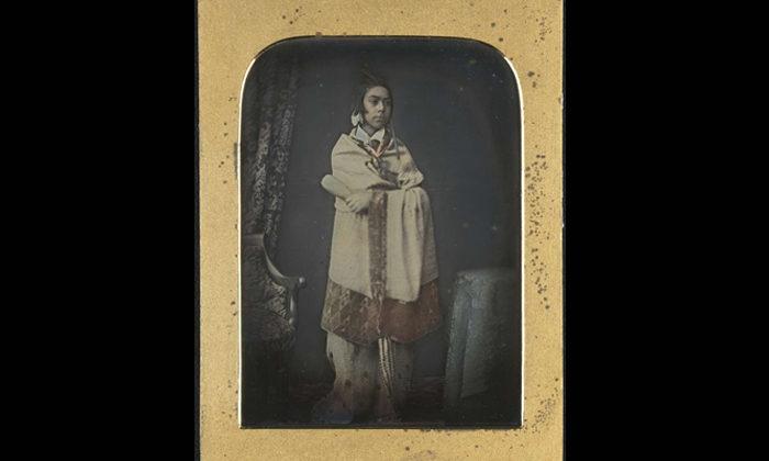 Australian Library houses oldest photo of Māori