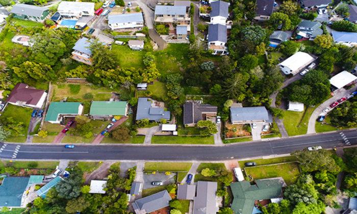 Repairs and DIY training in housing plan