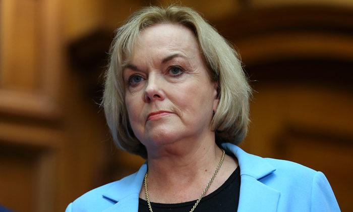 Collins held strong hand in leadership bid