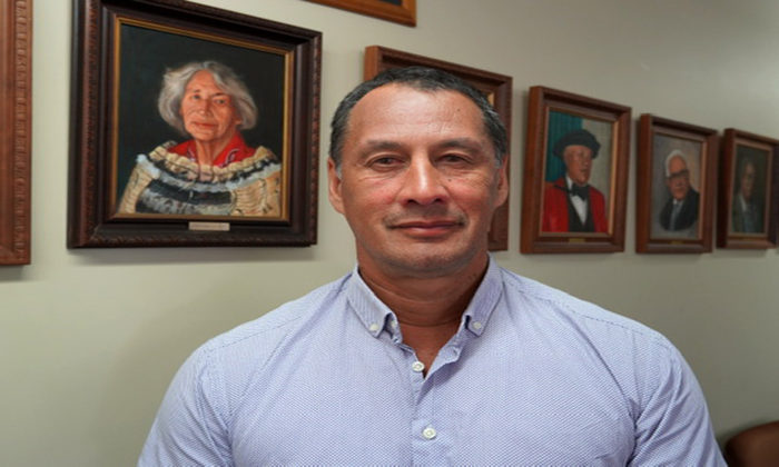 Maniapoto makes peace offering after vote