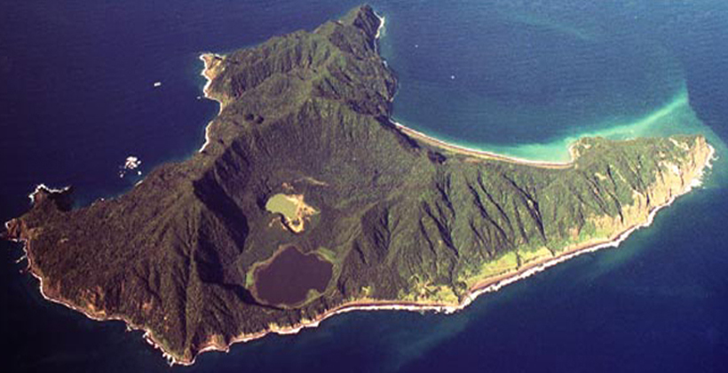 Ngāti Kuri wants new model for Kermadec sanctuary