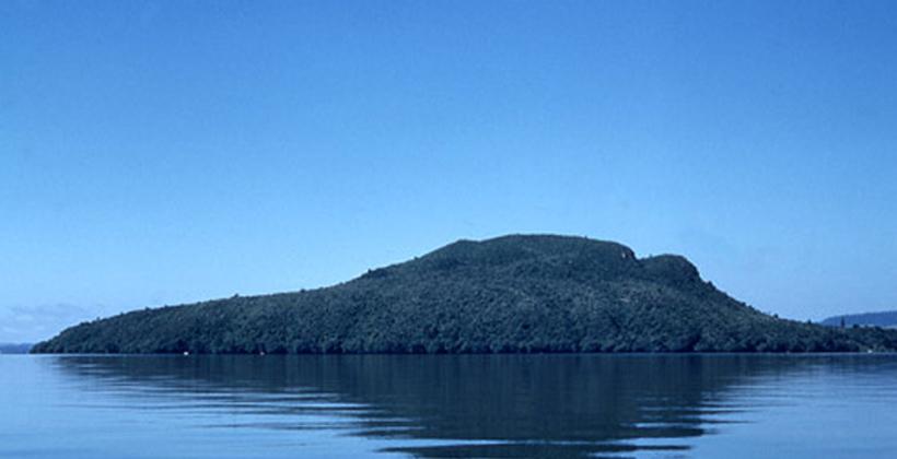Rotorua lake dump offensive to iwi