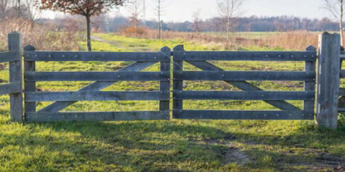 Officials seek landlocked land solution