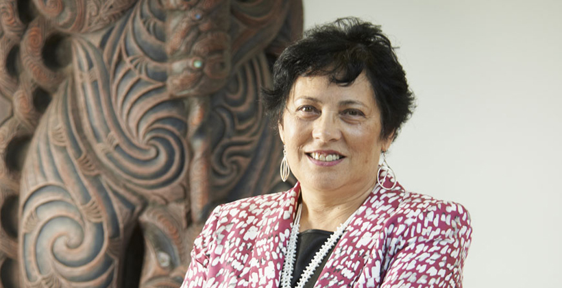 Decolonising Smith wins top science tohu