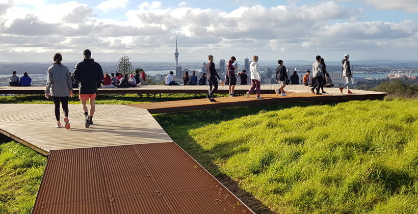Boardwalk protects Maungawhau's ancient features