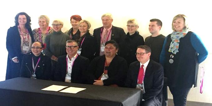 Mayors show pathway to mahi