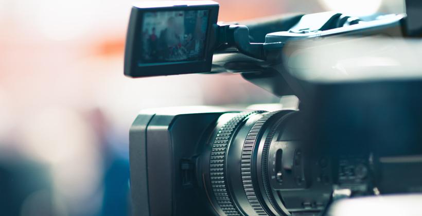 Bureaucrats bungle Maori media review