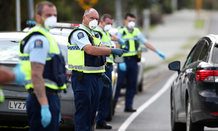 Police plan for iwi checkpoints