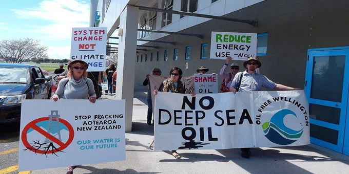 Climate protesters challenge drillers