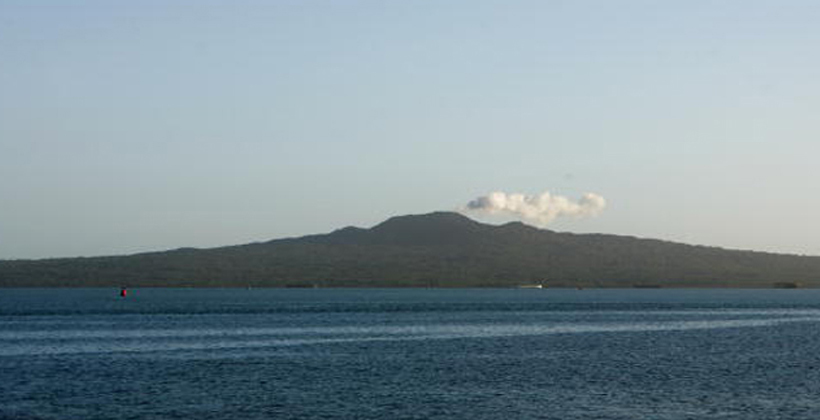 DOC admits Rangitoto guide choice flawed