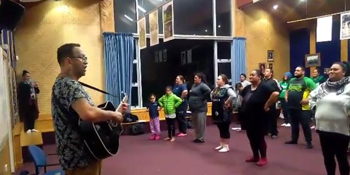 Ruha concerts generate whanau feel