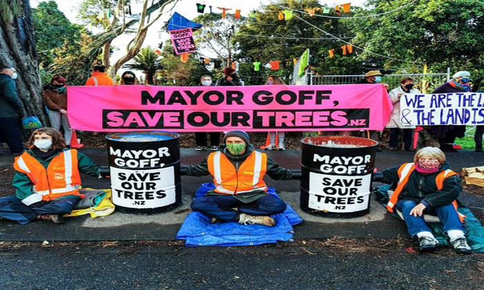 Canal Rd sitters to hikoi to CBD
