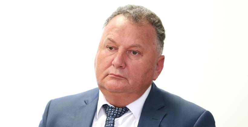 Jones defends need for population debate