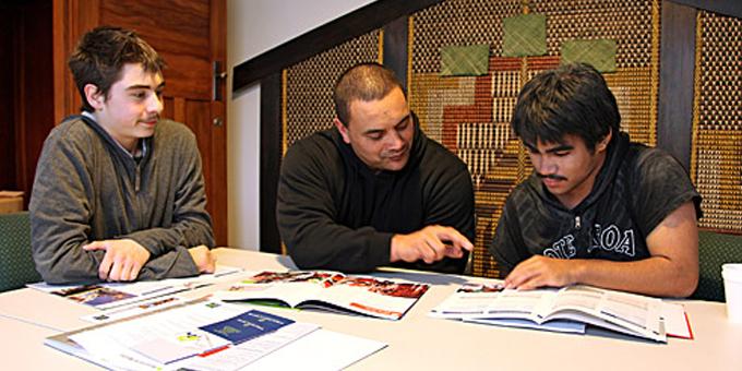 Streaming leaves Maori students behind