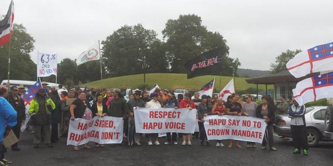Protests halt Tuhoronuku hui