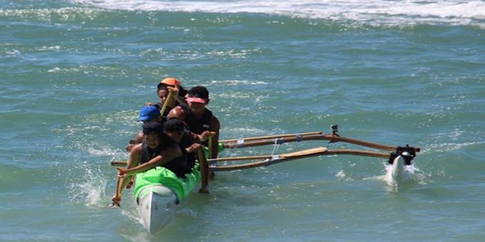 Aotearoa team lift waka ama silver