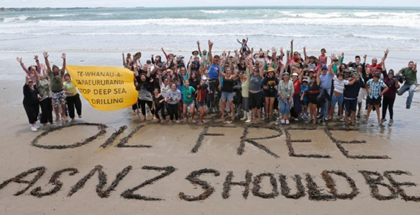 Ocean oil protesters share battle stories
