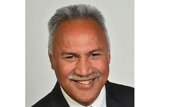 Paakiwaha sports commentator Ken Laban